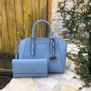 NWT Michael Kors md Ciara handbag&wallet pale blue
